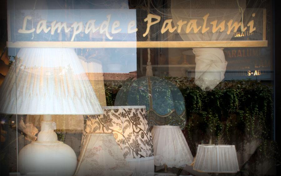 ... Paralumi  Paralumi e lampade, classici e moderni, riparazioni e